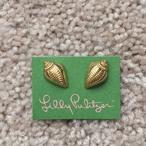 New Lilly Pulitzer gold seashell earrings